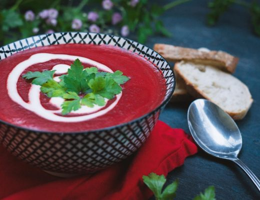 Vegane Rote Bete Suppe mit Apfel